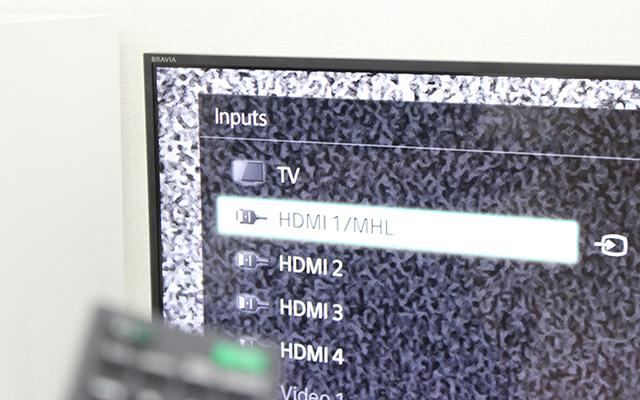 Kế tiếp chọn tín hiệu đầu vào là MHL