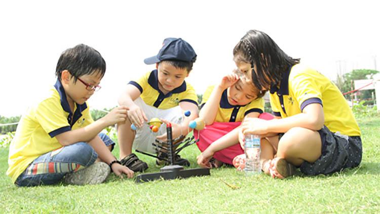 Hour Of Code sẽ hỗ trợ các bé trong quá trình rèn luyện kỹ năng chuyên môn và kỹ năng mềm