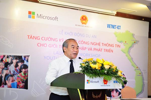 Thứ trưởng Nguyễn Vinh Hiển phát biểu tại buổi lễ.