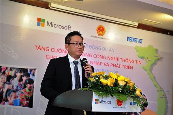 Ông Vũ Minh Trí – Tổng giám đốc Microsoft Việt Nam - phát biểu tại buổi lễ