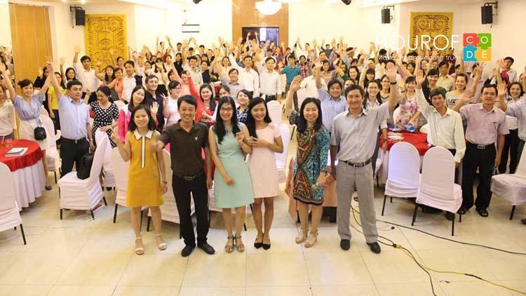 Lớp tập huấn Tăng cường kỹ năng CNTT tại Nha Trang