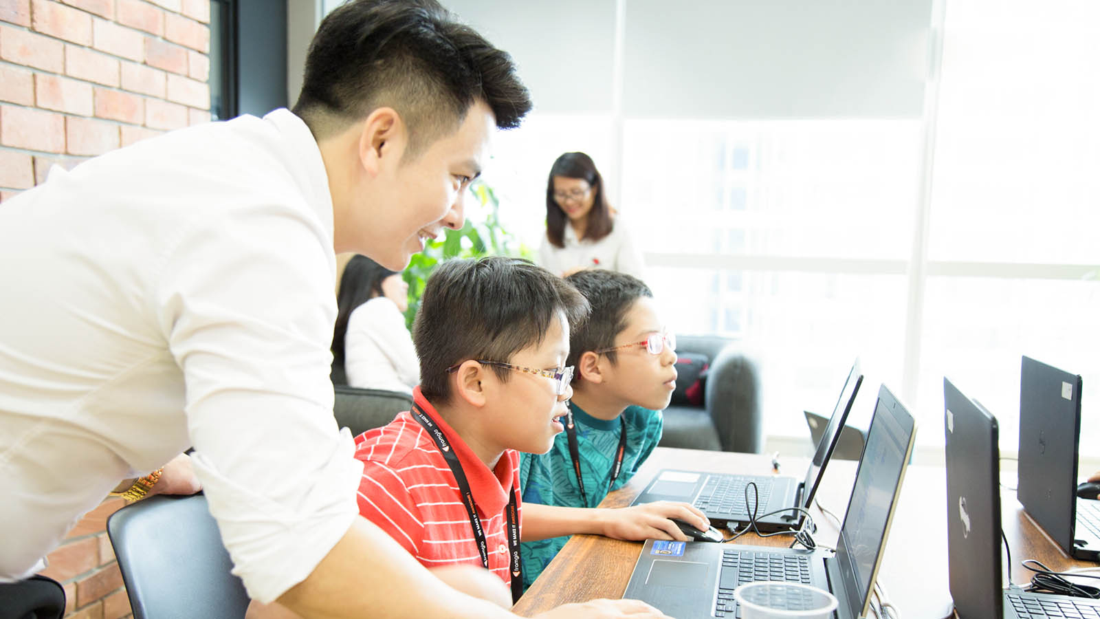 HOUR OF CODE VIETNAM